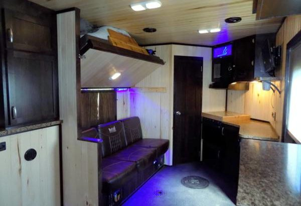 2019 Yetti Angler Edition Ice Fishing House