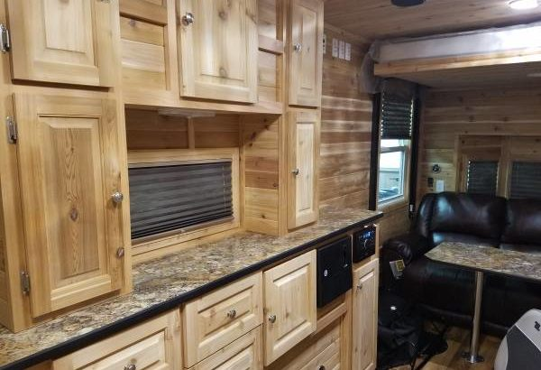 2018 Ice Castle Northland Palace Extreme Custom RV