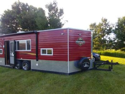 2017 Ice Castle RV Toyhauler 8×26